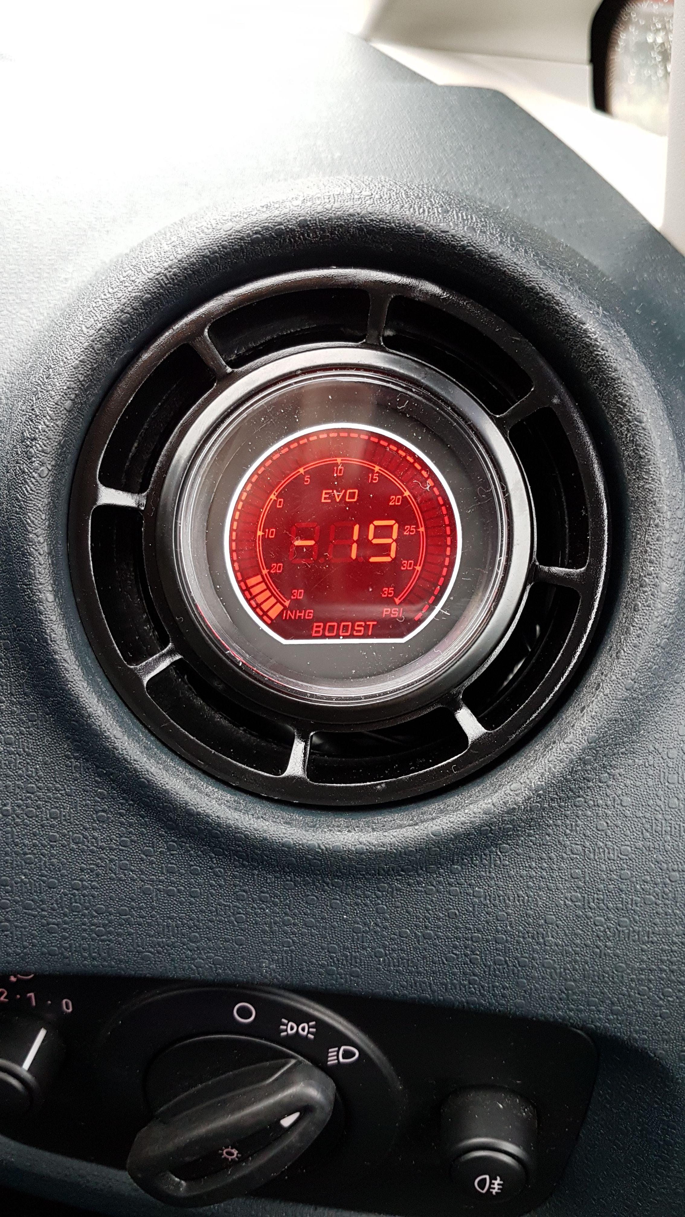 Fiesta Mk 7 Air Vent Gauge Pod Adapter Gloss Black Or